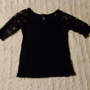 Small black tee with lace sleeves